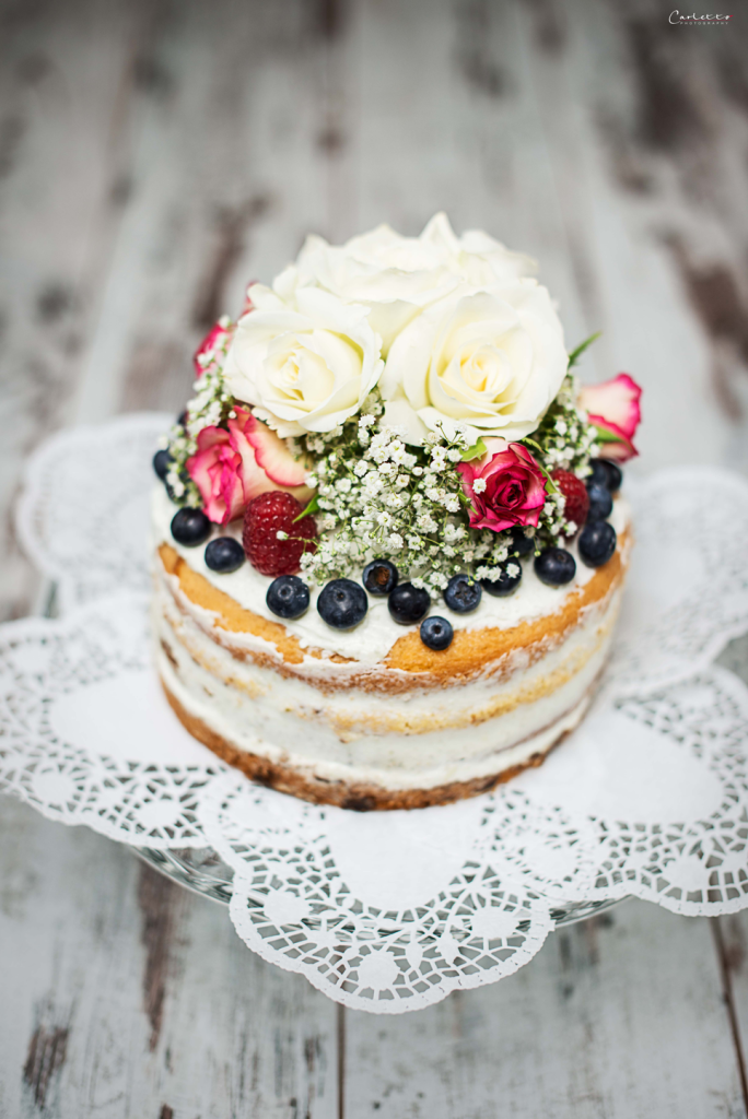 How To Make My Own Wedding Cake Stand