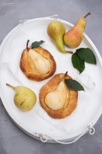 Croissant tartes with pears, icing sugar, Pear Croissants