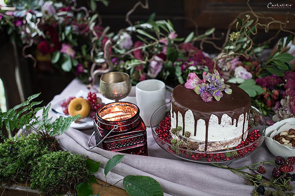 Naked Cake mit Schokoguss, Schokoladen Drip Torte