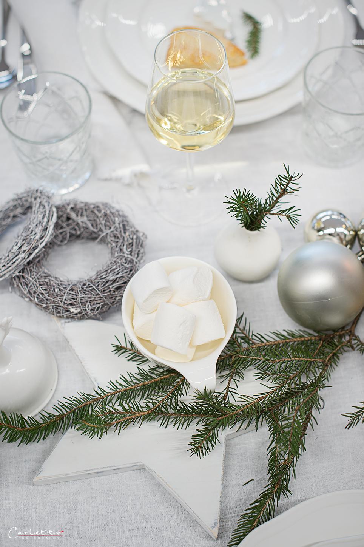 festlich gedeckter weihnachtstisch 2396 cookingcatrin. Black Bedroom Furniture Sets. Home Design Ideas