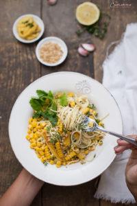 Spaghetti mit Creme Fraiche und zweierlei Mais
